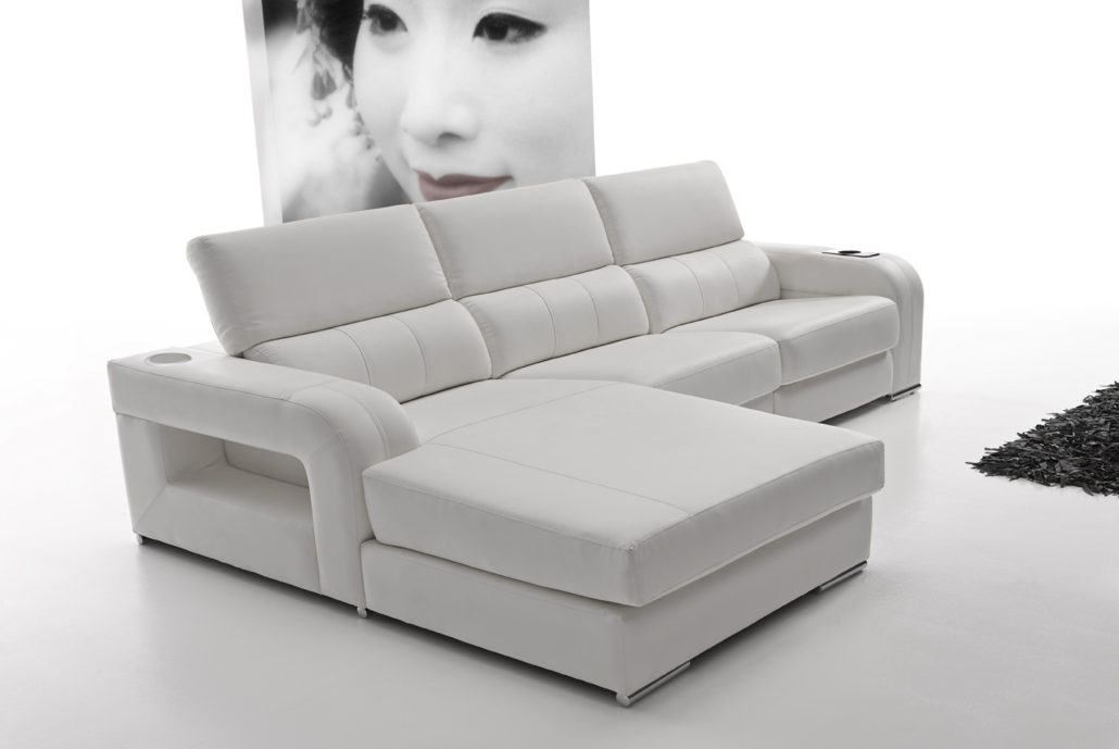Conjunto de sofa con cheslong tapizado en blanco muebles for Sofa cheslong